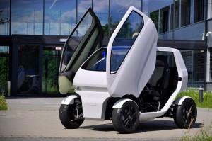 dfki-robotics-eo-smart-connecting-car-2-002-feat-1196x797